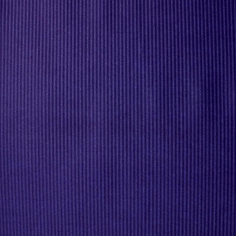 Fioletowy karbowany papier ozdobny